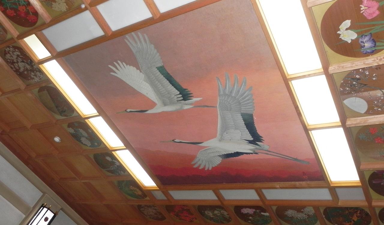 鶴の天井画